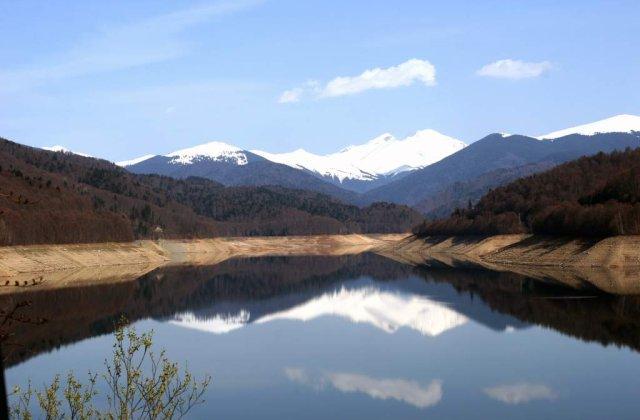Trebuie sa le vizitezi! Cele mai FRUMOASE parcuri naturale din Romania