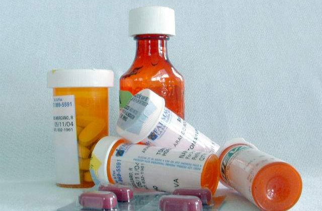 Atentie, pot fi fatale! Cinci greseli pe care le faci cand iei medicamente