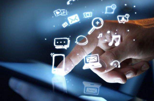 Este cel mai IMPORTANT mijloc de comunicare! Zece CURIOZITATI despre internet