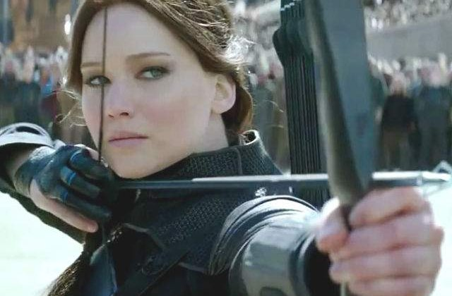 [VIDEO] Katniss conduce revoltele in trailerul The Hunger Games: Mockingjay Part 2