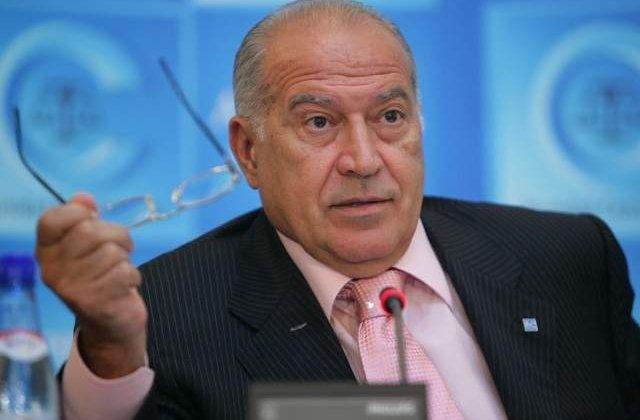Judecata in dosarul de santaj a lui Voiculescu va fi reluata de CAB in septembrie