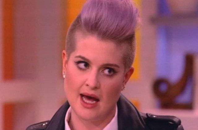 """[VIDEO] Kelly Osbourne: """"Daca ii dam afara pe mexicani, cine ne mai curata toaletele?"""""""