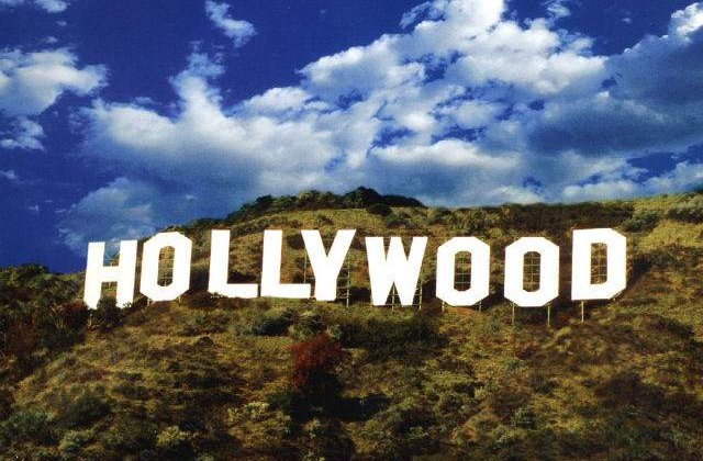 Salma Hayek spune ca nu mai este dorita de studiourile de la Hollywood