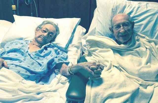 [FOTO] Un spital a facut o exceptie si a lasat un cuplu casatorit de 68 ani sa stea in aceeasi camera