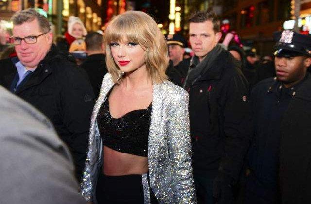 Taylor Swift, marele castigator la MTV VMA 2015. Uite lista completa