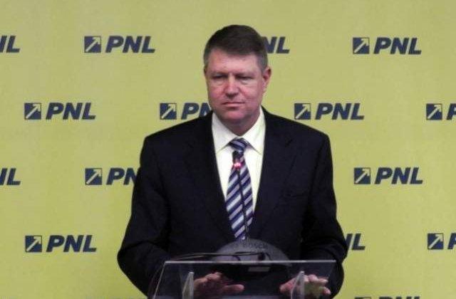 Klaus Iohannis continua vineri consultarile, cu UNPR si ALDE