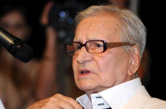 """Radu Beligan sarbatoreste pe scena cea de-a 97-a aniversare, in a 300-a reprezentatie cu """"Egoistul"""""""