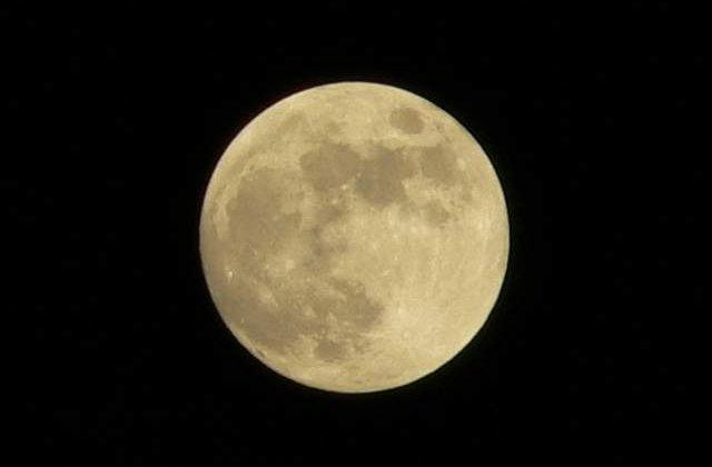 Eveniment inedit: Luna plina va fi vizibila de Craciun, pentru prima data in acest secol