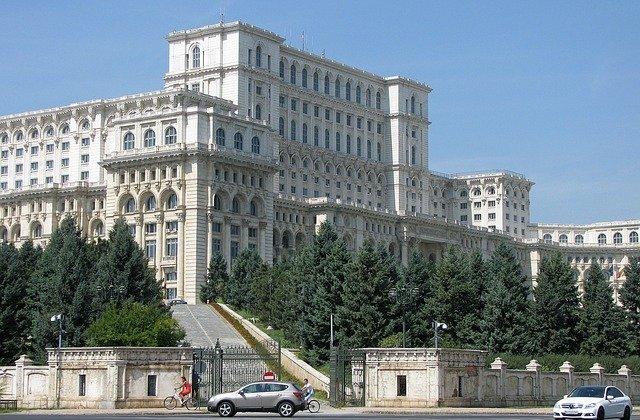 Proiectele de reamenajare a centrului Capitalei, respinse de CGMB