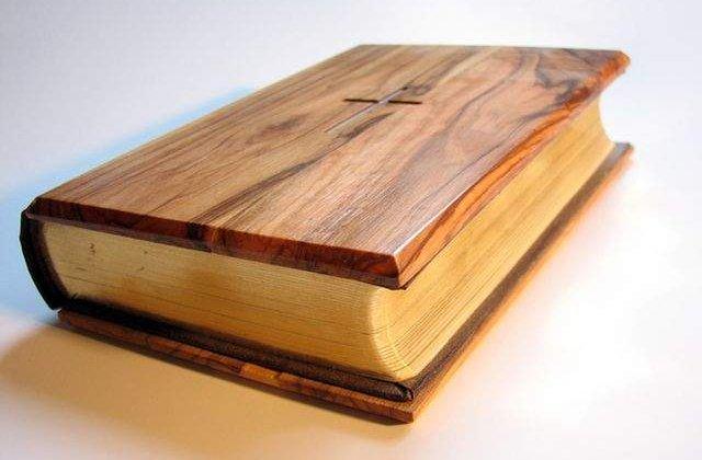 Din secretele Bibliei! 10 Fapte surprinzatoare despre Sfanta Scriptura