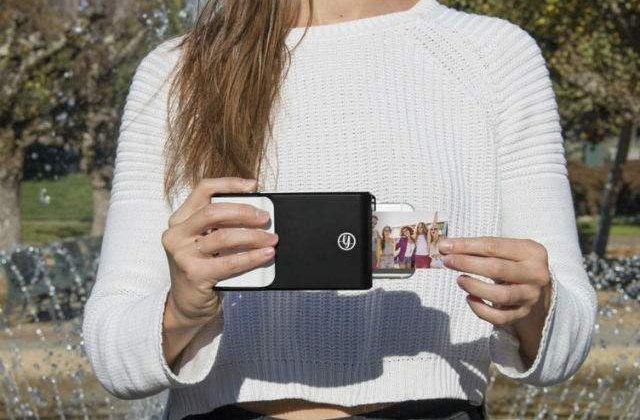 [VIDEO] Carcasa de telefon care iti printeaza fotografiile pe loc