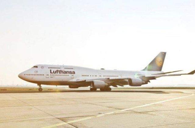 Un copil a murit la bordul unui avion Lufthansa