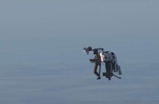 [Video] A aparut Jetpack-ul adevarat, care zboara cu viteze incredibile