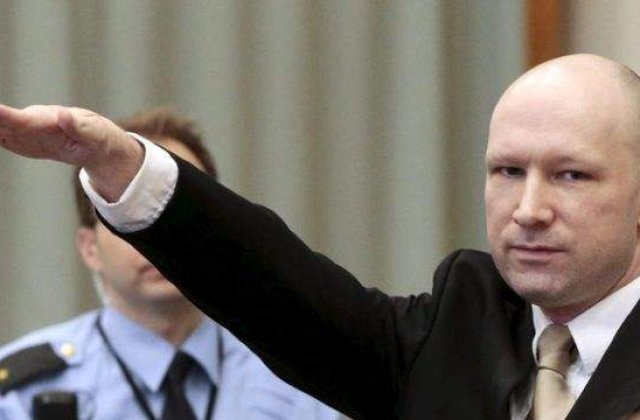 [VIDEO] Breivik a folosit salutul nazist in sala de judecata