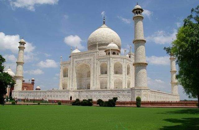 [Video] Printul Willliam si Kate Middleton vor vizita Taj Mahal-ul
