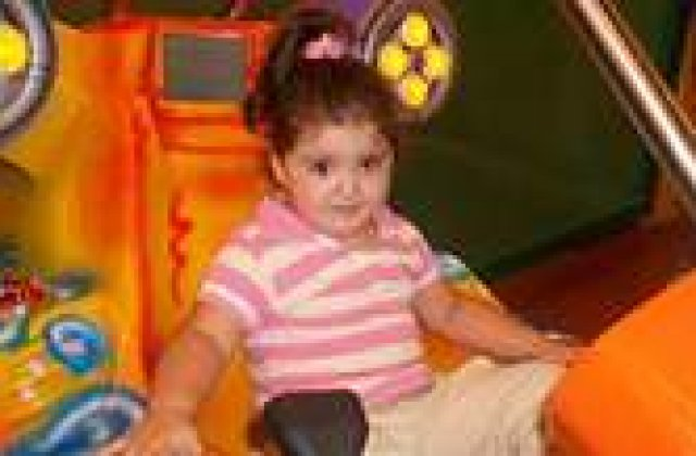 O fetita de 3 ani a murit plimbata intre spitale