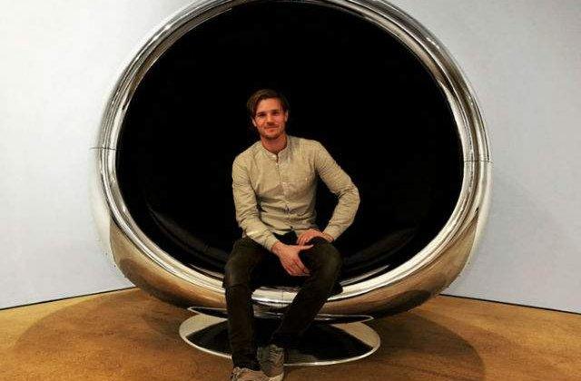 [FOTO] Ai mai vazut asa ceva? Scaun dintr-un motor Boeing 737 Reciclat