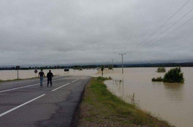 INHGA anunta un nou cod rosu de inundatii. Vezi judetele afectate