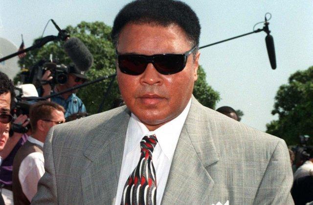 Pele: Muhammad Ali era prietenul meu, idolul meu, eroul meu
