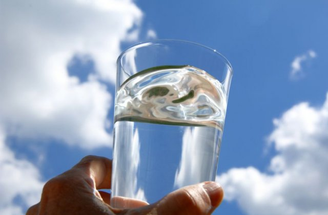 O femeie a murit dupa ce a baut prea multa apa