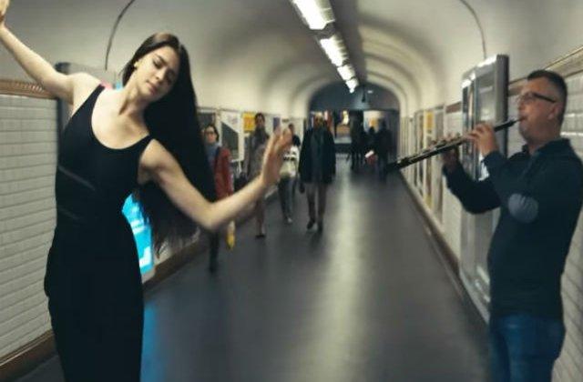 [VIDEO] Spectacol subteran: dansatorii parizieni se alatura cantaretilor de la metrou
