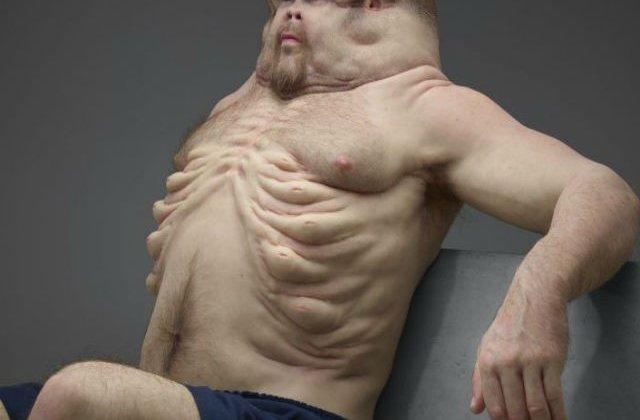 [VIDEO] Asa ar fi aratat corpul uman daca ar fi evoluat pentru a supravietui accidentelor rutiere
