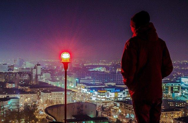 Studiu: Barbatii olandezi si femeile letone, pe primele locuri in topul celor mai inalti oameni din lume