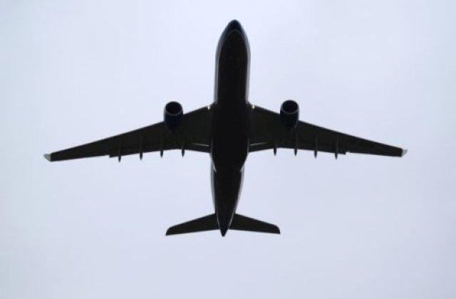 [Foto] [Video] Un avion cu 300 de oameni la bord s-a prabusit la aterizarea pe aeroportul din Dubai