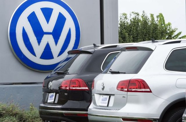Volkswagen recheama in service 435 masini din Romania din cauza incuietorilor pentru copii