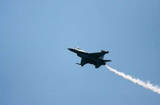 Premiera in conflictul din Siria. Avioane ale coalitiei coordonate de SUA, mobilizate pentru a-si proteja fortele speciale