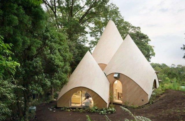 [FOTO] Probabil cea mai frumoasa casa! Arata ca un cort, dar interiorul este superb!