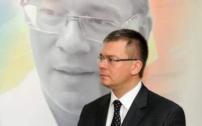 Mihai Razvan Ungureanu a...