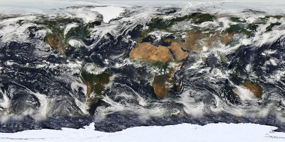 Harta Lumii Inundatii Uragane Furtuni De Nisip Lumea Vazuta