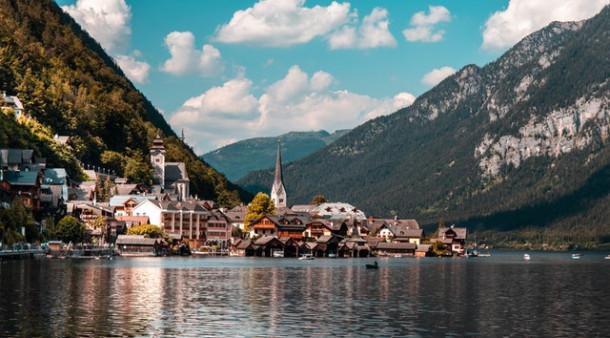 Ce limba se vorbește în Austria?