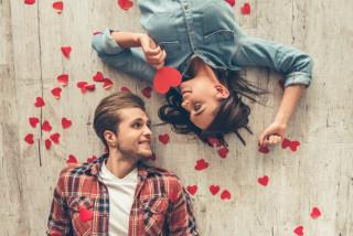 Test de iubire: Care este inițiala jumătății tale?
